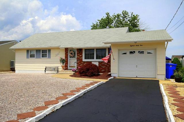 1834 Skiff Court, Toms River, NJ 08753 (MLS #21720929) :: The Dekanski Home Selling Team