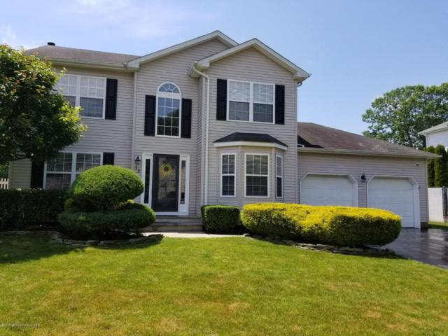 55 Diamond Lane, Howell, NJ 07731 (MLS #21722375) :: The Dekanski Home Selling Team