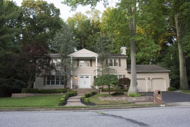 4 Ciafardini Court, Marlboro, NJ 07746 (MLS #21726393) :: The Dekanski Home Selling Team
