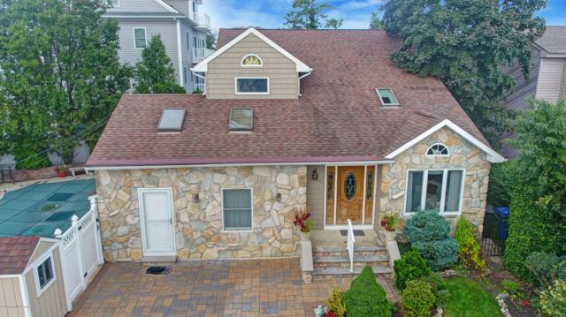 13 Sage Road, Toms River, NJ 08753 (MLS #21839940) :: The MEEHAN Group of RE/MAX New Beginnings Realty