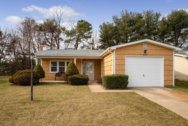 13 Arms Court, Brick, NJ 08723 (MLS #21900651) :: The MEEHAN Group of RE/MAX New Beginnings Realty