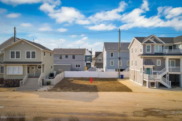 31 S Beach Drive, Ortley Beach, NJ 08751 (MLS #21909435) :: The MEEHAN Group of RE/MAX New Beginnings Realty