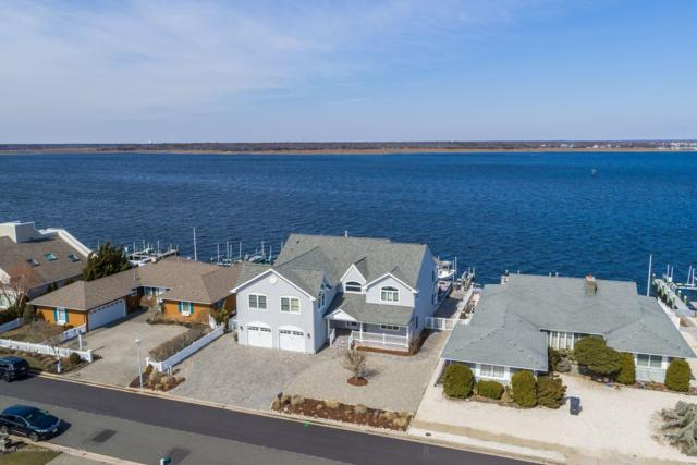 267 Curtis Point Drive, Mantoloking, NJ 08738 (MLS #21910032) :: The MEEHAN Group of RE/MAX New Beginnings Realty