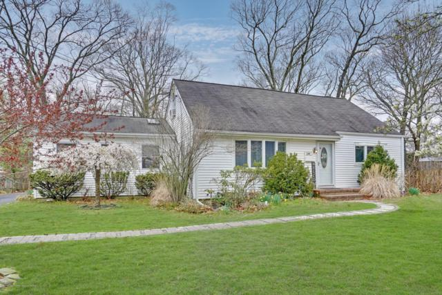 240 Woodcrest Road, Oakhurst, NJ 07755 (MLS #21915207) :: The MEEHAN Group of RE/MAX New Beginnings Realty