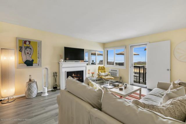 260 Ocean Avenue 2B, Sea Bright, NJ 07760 (MLS #21926499) :: The MEEHAN Group of RE/MAX New Beginnings Realty