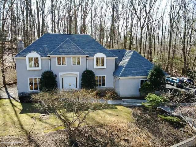 40 Stoney Brook Road, Holmdel, NJ 07733 (MLS #21944024) :: Vendrell Home Selling Team