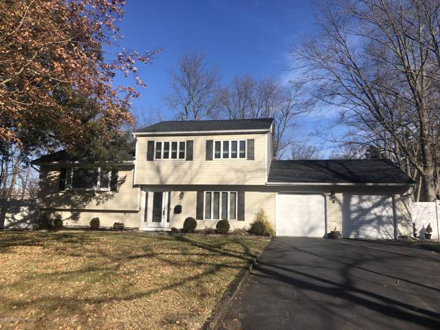 8 Yorktowne Drive, Manalapan, NJ 07726 (MLS #21948924) :: William Hagan Group