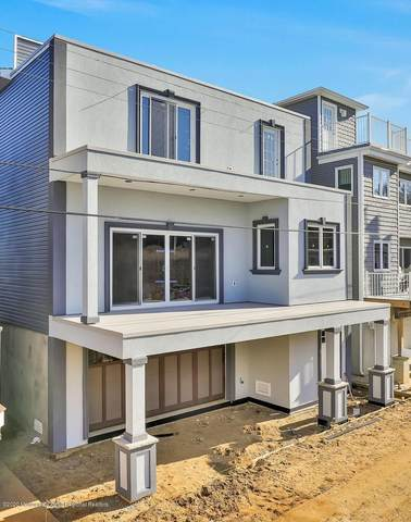 22 Gravelly Point Road, Highlands, NJ 07732 (MLS #22000545) :: The Dekanski Home Selling Team