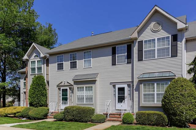 64 Cohasset Court #106, Holmdel, NJ 07733 (MLS #22014156) :: The MEEHAN Group of RE/MAX New Beginnings Realty