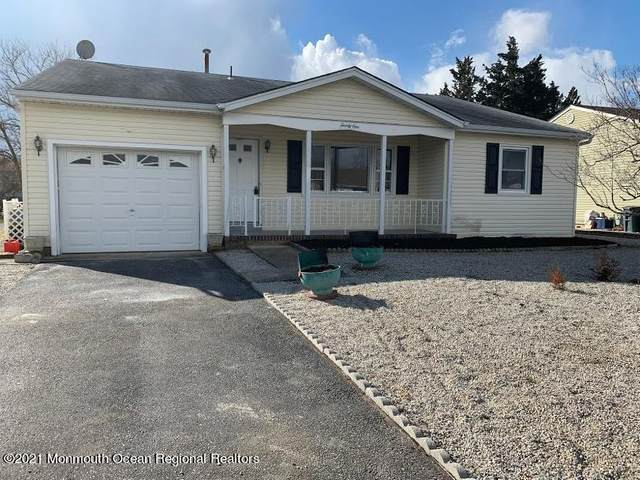 21 Norfolk Drive, Toms River, NJ 08757 (MLS #22101197) :: Team Pagano