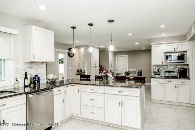28 Collingwood Road, Marlboro, NJ 07746 (MLS #22106603) :: Provident Legacy Real Estate Services, LLC