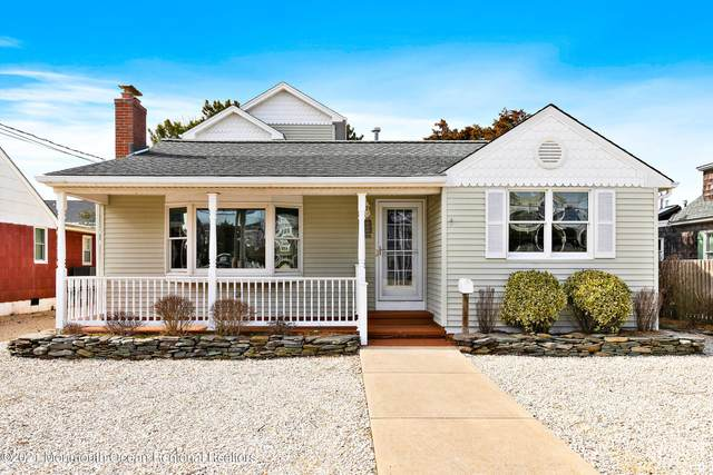 1106 S Beach Avenue, Beach Haven, NJ 08008 (MLS #22108605) :: The MEEHAN Group of RE/MAX New Beginnings Realty
