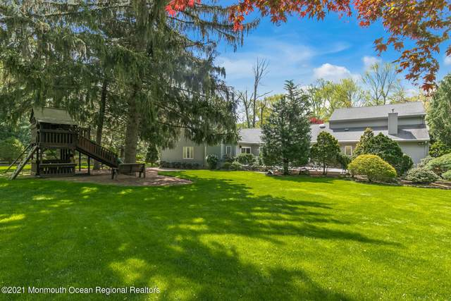 19 Seagull Lane, Lincroft, NJ 07738 (MLS #22114510) :: The MEEHAN Group of RE/MAX New Beginnings Realty