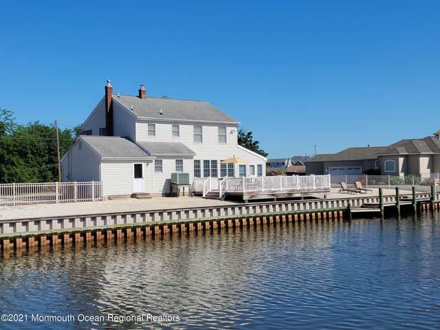 5 Snug Court, Toms River, NJ 08753 (MLS #22118644) :: Provident Legacy Real Estate Services, LLC