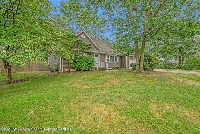 1149 Wake Forest Drive, Toms River, NJ 08753 (MLS #22119957) :: The MEEHAN Group of RE/MAX New Beginnings Realty