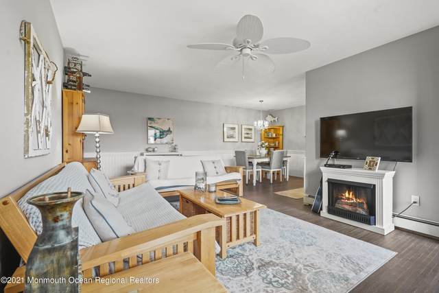 152 Wharfside Drive, Monmouth Beach, NJ 07750 (MLS #22121865) :: The MEEHAN Group of RE/MAX New Beginnings Realty