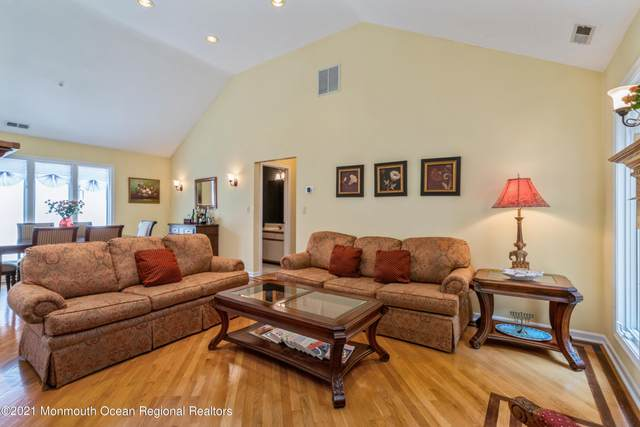 59 Tower Hill Drive, Red Bank, NJ 07701 (MLS #22122119) :: PORTERPLUS REALTY