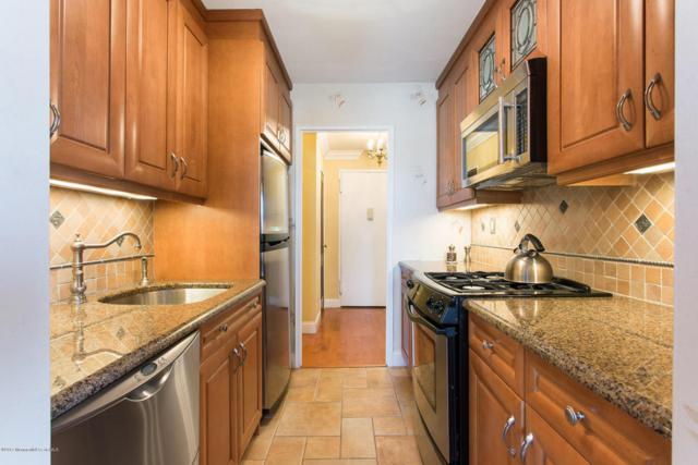 28 Riverside Avenue 11C, Red Bank, NJ 07701 (MLS #21716002) :: The Dekanski Home Selling Team