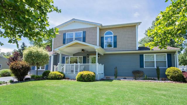 34 Oak Terrace, Howell, NJ 07728 (MLS #21724924) :: The Dekanski Home Selling Team