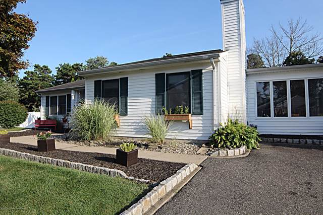 34 Garrison Drive, Tinton Falls, NJ 07753 (MLS #21933879) :: The MEEHAN Group of RE/MAX New Beginnings Realty