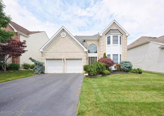 33 Windward Way, Red Bank, NJ 07701 (MLS #21949023) :: The Dekanski Home Selling Team