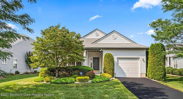 16 Moet Court, Manchester, NJ 08759 (MLS #22124135) :: The MEEHAN Group of RE/MAX New Beginnings Realty