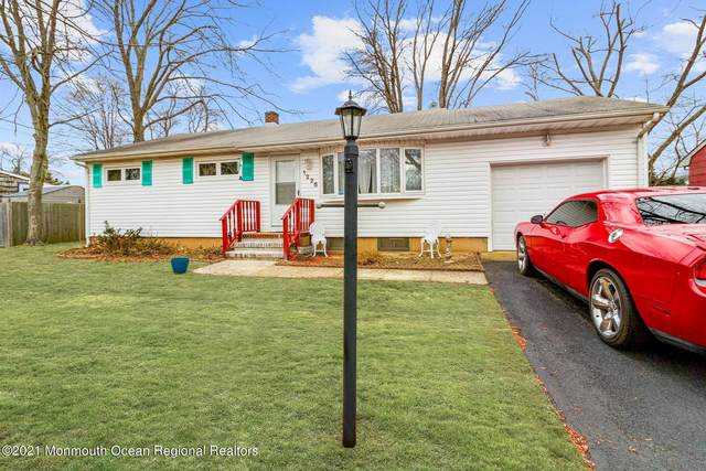1226 Dove Street, Toms River, NJ 08753 (MLS #22102729) :: Provident Legacy Real Estate Services, LLC