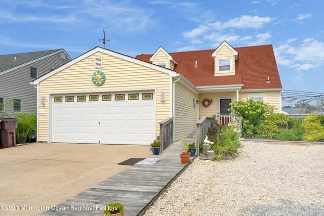 66 Ocean Gate Avenue, Bayville, NJ 08721 (MLS #22122615) :: The MEEHAN Group of RE/MAX New Beginnings Realty