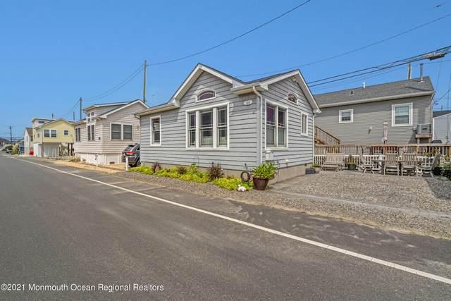 114 W Bayview Drive, Lavallette, NJ 08735 (MLS #22129217) :: Kiliszek Real Estate Experts