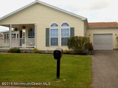 10 Bridgewater Avenue, Manahawkin, NJ 08050 (MLS #21645489) :: The Dekanski Home Selling Team
