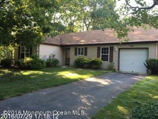 182 Morning Glory Lane, Whiting, NJ 08759 (MLS #21646397) :: The Dekanski Home Selling Team