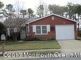10 Eric Court, Brick, NJ 08723 (MLS #21703387) :: The Dekanski Home Selling Team