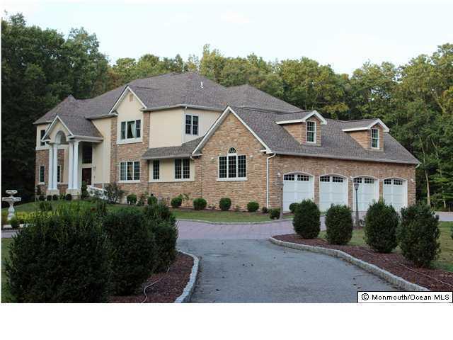 207 Jackson Mills Road, Freehold, NJ 07728 (MLS #21703683) :: The Dekanski Home Selling Team