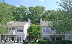40 Chinkaberry Court, Howell, NJ 07731 (MLS #21706570) :: The Dekanski Home Selling Team