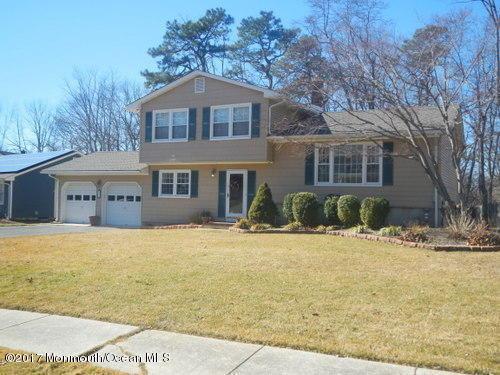 15 Redwood Drive, Toms River, NJ 08753 (MLS #21706693) :: The Dekanski Home Selling Team