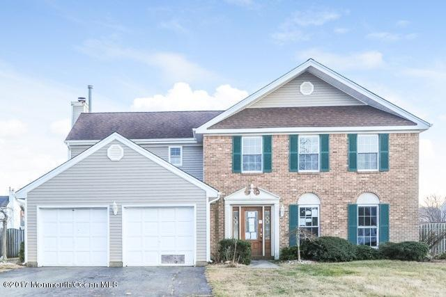 24 Sutton Drive, Manalapan, NJ 07726 (MLS #21708723) :: The Dekanski Home Selling Team