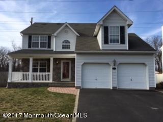 131 Normandy Court, Aberdeen, NJ 07747 (MLS #21708744) :: The Dekanski Home Selling Team