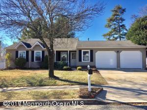 92 Concord Circle, Howell, NJ 07731 (MLS #21710539) :: The Dekanski Home Selling Team