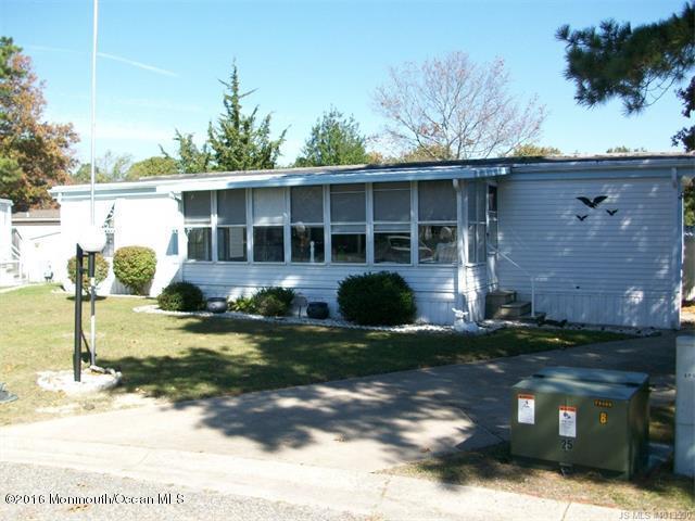 7 Doris Court, Barnegat, NJ 08005 (MLS #21711645) :: The Dekanski Home Selling Team