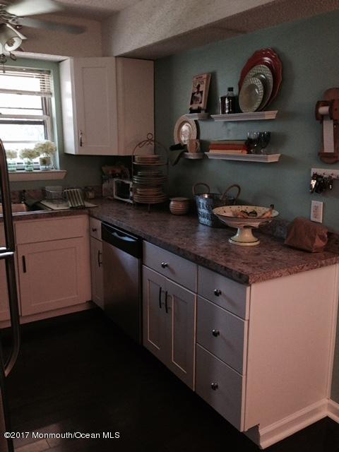 151 Wharfside Drive, Monmouth Beach, NJ 07750 (MLS #21712205) :: The Dekanski Home Selling Team
