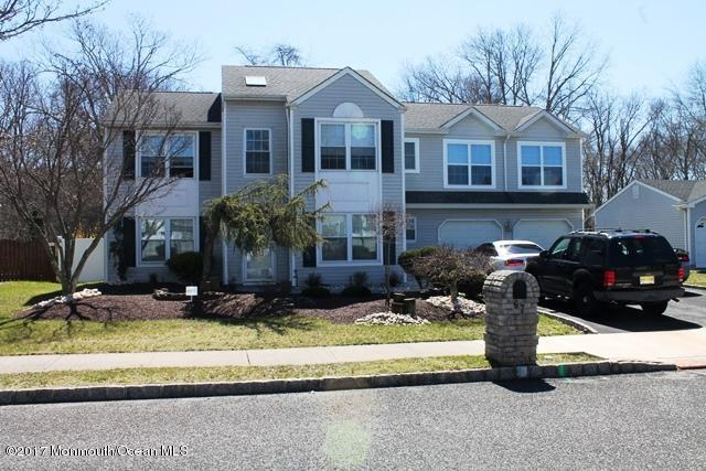 67 Sherrybrooke Drive, Howell, NJ 07731 (MLS #21712502) :: The Dekanski Home Selling Team