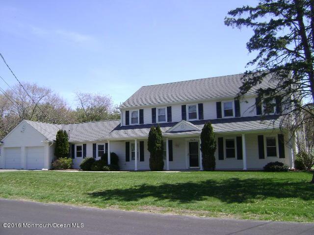 65 Skidmore Road, Freehold, NJ 07728 (MLS #21715395) :: The Dekanski Home Selling Team