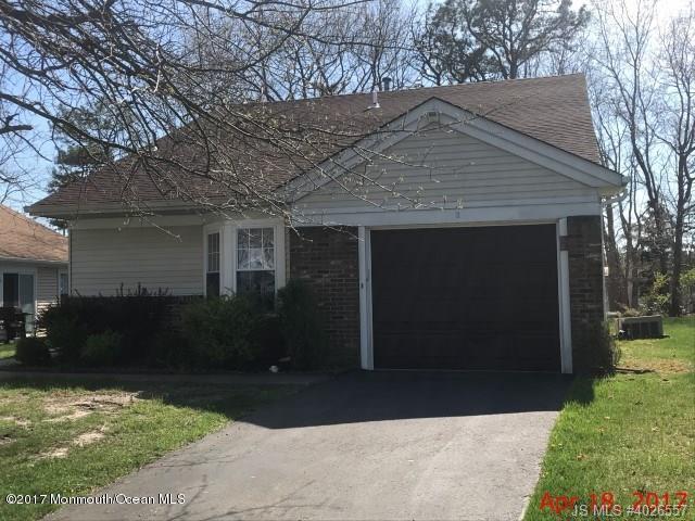 9 Sequoia Court, Barnegat, NJ 08005 (MLS #21716125) :: The Dekanski Home Selling Team