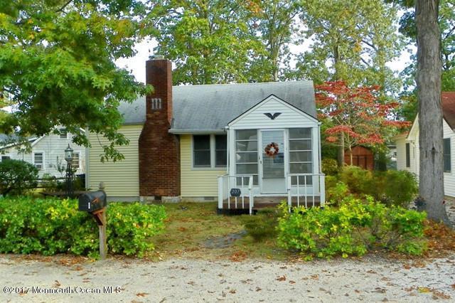207 Swan Boulevard, Toms River, NJ 08753 (MLS #21716135) :: The Dekanski Home Selling Team