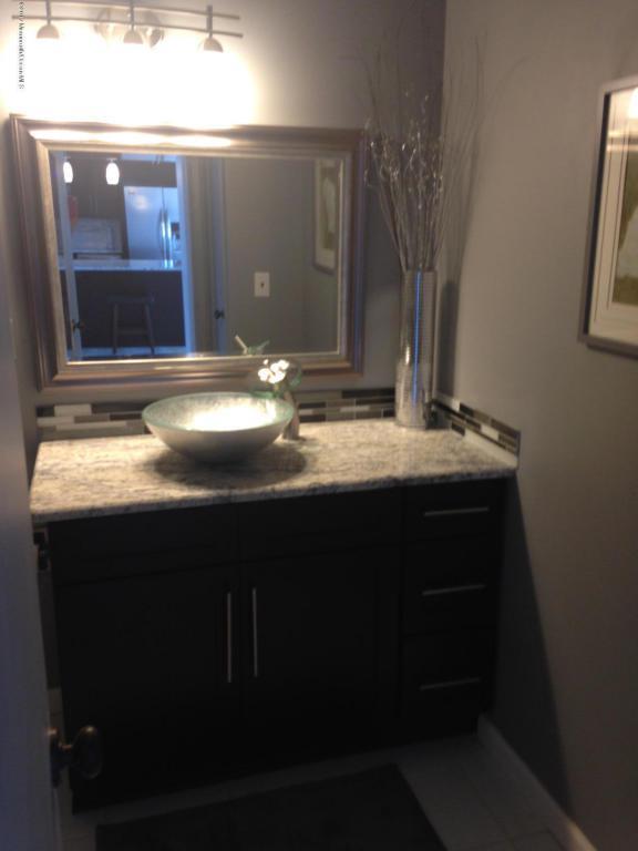 1 Scenic Drive #1106, Highlands, NJ 07732 (MLS #21716637) :: The Dekanski Home Selling Team