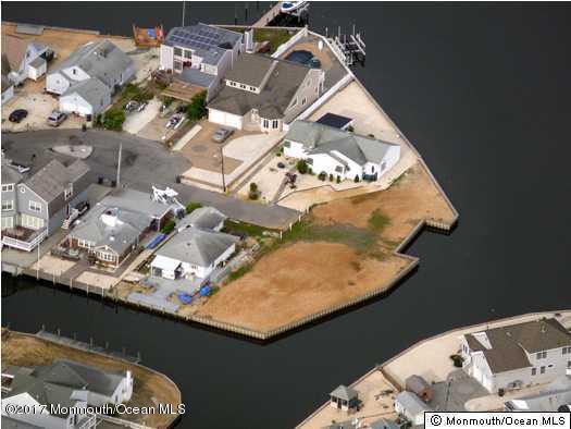 60 Paul Jones Drive, Brick, NJ 08723 (MLS #21717057) :: The Dekanski Home Selling Team