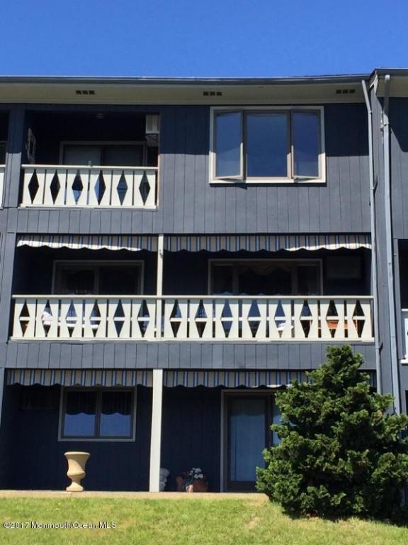 5 E Hillside Court, Highlands, NJ 07732 (MLS #21717953) :: The Dekanski Home Selling Team