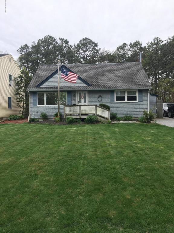 201 S Lakeshore Drive, Manahawkin, NJ 08050 (MLS #21718203) :: The Dekanski Home Selling Team