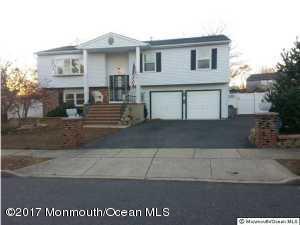 22 Juniper Place, Howell, NJ 07731 (MLS #21718367) :: The Dekanski Home Selling Team