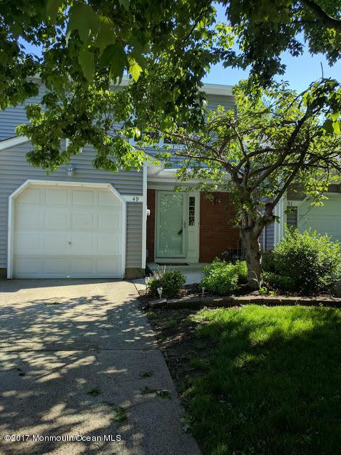 49 Oak Lane, Eatontown, NJ 07724 (MLS #21719374) :: The Dekanski Home Selling Team